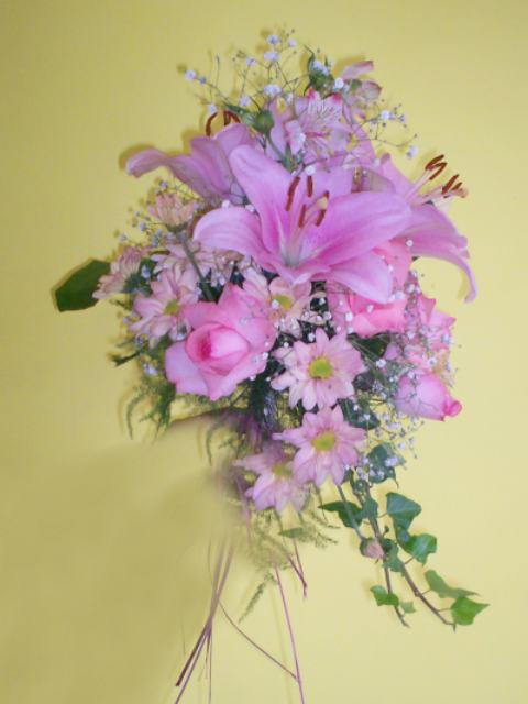 Ramo de novia para boda y venta de ramo de flores naturales para 15