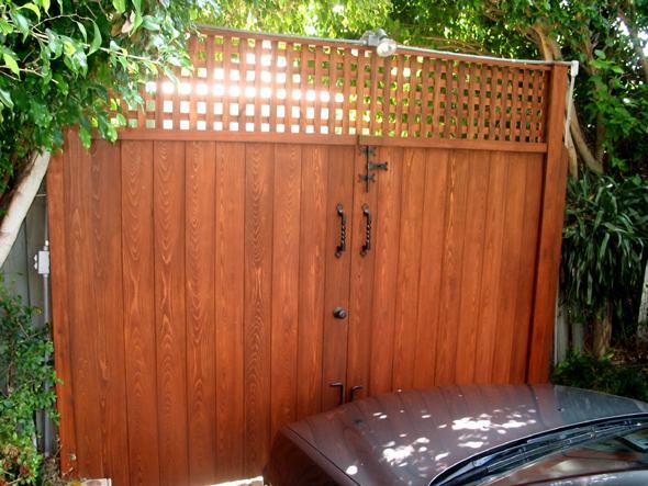 Aberturas de madera for Puertas y portones de madera